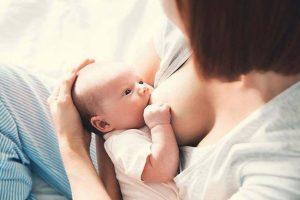 Làm sao biết bé bú đủ sữa mẹ?